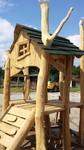 Jedes Kind liebt ein Spielhaus. Als Künstler erfülle ich Ihre Wünsche.